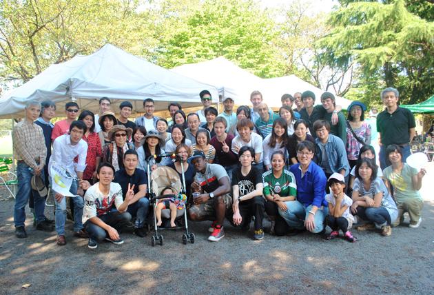 студенты языковой школы Китидзедзи