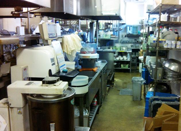 кухня в японском ресторане