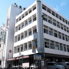 О школе Kyushu Eisu Gakkan
