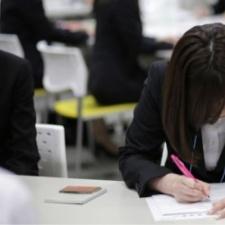 Японские компании идут навстречу иностранцам и изменяют условия работы