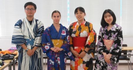 студенты школы Ибараки