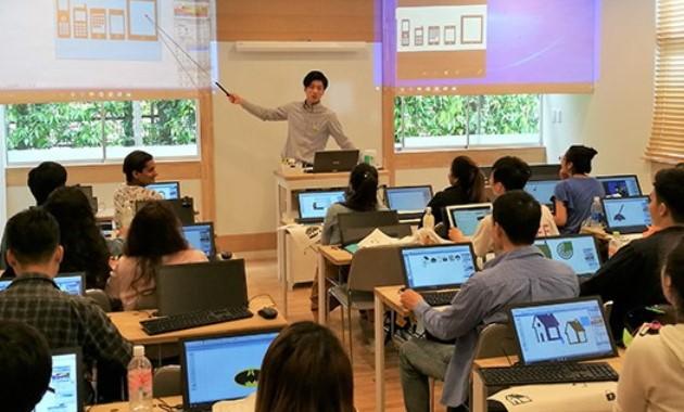 Колледж  в Маэбаси принимает студентов без сертификата JLPT